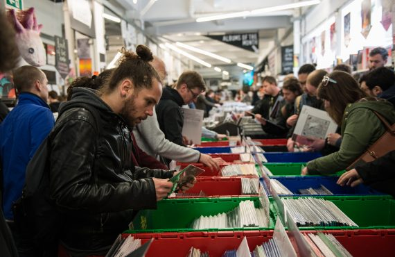 Shaking Off The Dust Jacket: Vinyl's Welcome Return